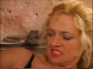 Mature women hunting for young cocks vol period 1