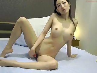asia fox 160625 2052 female chaturbate