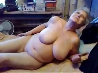 This horny granny is really a slut amateur older