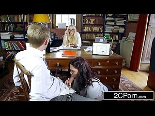 Sexy student emma leigh sucking off co ed in front of principal Rebecca moore