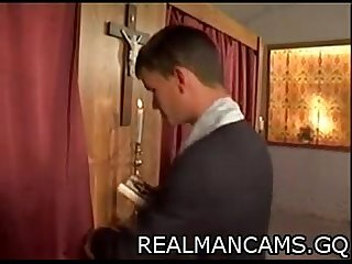 Priest gets fucked at confessional - realmancams.gq