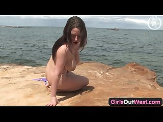 Girls out west huge titted chick toying herself