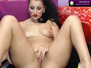 Keishacandy9 brunette shows off her ass on cam
