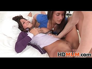Sexy mum teachs sexercise