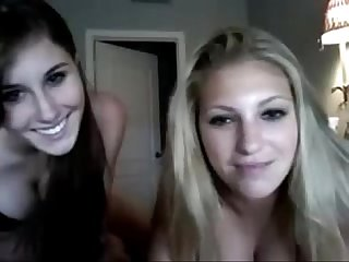 The 2 hottest girls of my class on webcam vert www period xcamgirls period me
