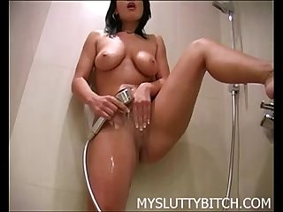 My Gf At Shower www.beeg18.com