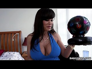 Monster booty milf Lisa ann