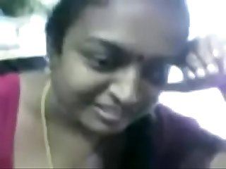 Tamil Aunty in cellphone shop with audio webm