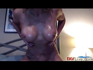 Fuck hot muscular busty mommy
