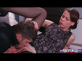 Housewife in stockings squirting caroline ardolino 01 mov 17