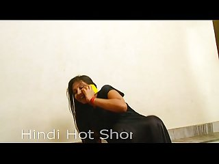 Indian hot girl masturbates on phone