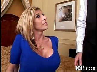 Milf needs some time off (video x-flv)