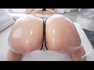 Beautiful mia malkova shaking her perfect bubble butt with oil