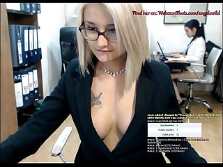 Blonde cam thot caught by boss masturbating live in front of Coworker