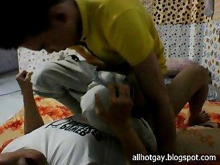 Vietnamese gay fucking on cam p4 giang vien binh duong