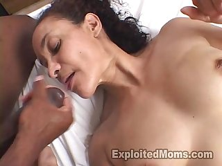 Tight bodied mom shows younger black man a thing or two interracial video