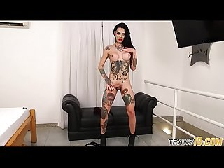 Inked ts beauty wanking during solo scene