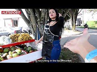 Puta Colombiana Cogiendo con un cliente