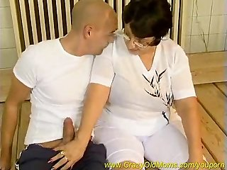 old mom screws dick - Free Porn Videos - YouPorn