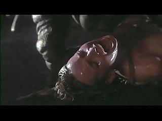 Galaxy of terror 1981 worm scene 5