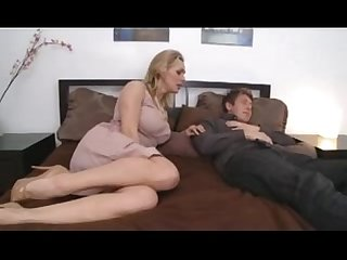 Milfsonly blogspot com busty mom with young boy in bedroom