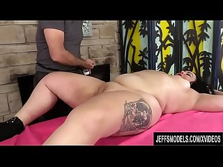 A Masseur Turns a Rubdown into an Orgasm Session for BBW Calista Roxxx