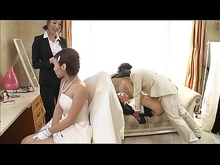 Husband fucking braidmaid behind wife LINKFULL:..