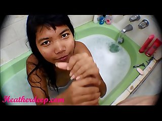Hd bathtub creamthroat throatpie with thai teen heather deep