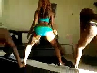 Amateur Ebony Chicks Twerking - spankbang.org