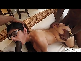 2 black dudes fuck Arab hottie