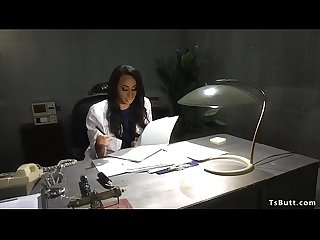 gergasi cock tranny dubur fucks pesakit