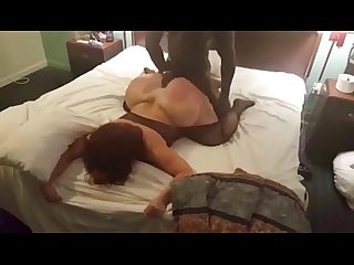 Big booty cougar cheats on hubby with young black guy she met on milfhoookup com