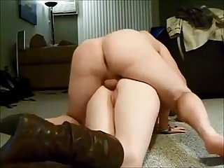 Amateur curvy wife screaming in anal action