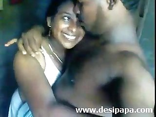 Indian amateur Mallu Bhabhi bigtits boobs