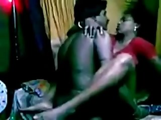 VID-20130725-PV0001-Mundiyampakkam (IT) Tamil 38 yrs old married hot and sexy housewife..