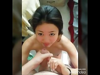 Pretty Young Singaporean Girl Got a Facial