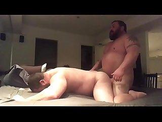 Musculosos barbudos em Foda Gostosa