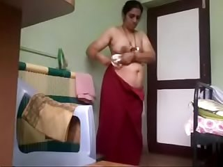 Tamil mami dress change after bath