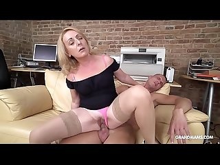 Horny gilf linda taking good care of a homeless punk