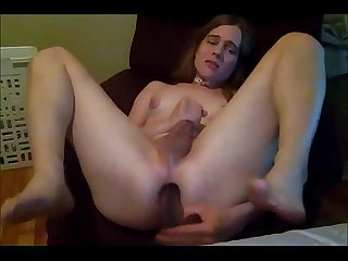 Young Transsexual Fucking Herself HARD