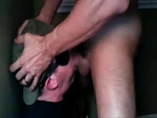 Entrenando garganta unno ck