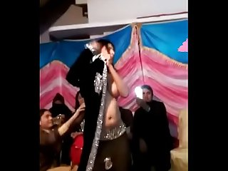 Desi indian Nude Nanga Mujhra in marriage party