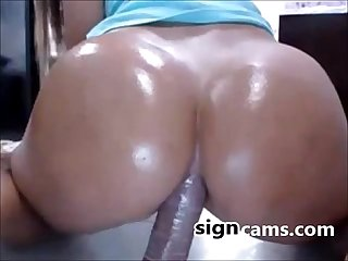 Beauty latina with big butt riding dildo