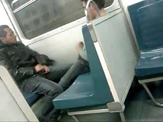 Una verga enorme en el metro