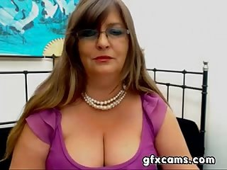 Mature bbw greek woman strips teases cam