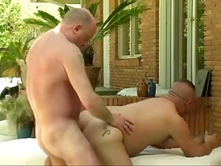 Daddy bear Phil. D gets a good fuck