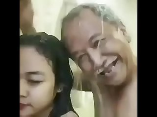 Bahuai having sex sasur caught in shower