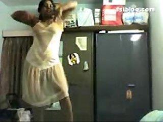 Aunty dance
