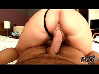 Hypnotizing ass shaking on big cock