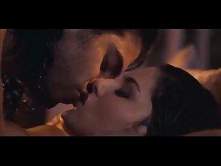 Sunny leone kissing hot scene